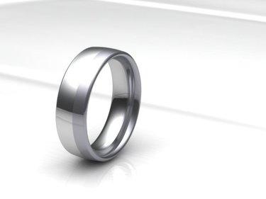 Trau(m) Ringe im Goldenen Schnitt, Palladium fusioniert mit Silber,was für eine puristische Kombination.