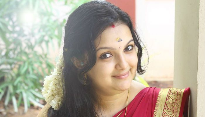 Malayalam actress Saranya Mohan recently shared her post childbirth pictures on her social portfolios and it immediately grabbed the attention of social media users.