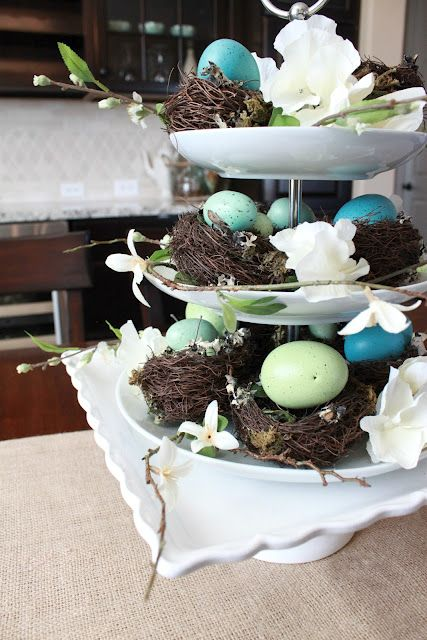 Easter decor that doesn't look cartoonish.  Pretty.