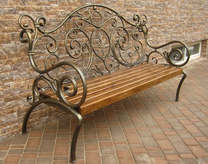 Outdoor garden bench.