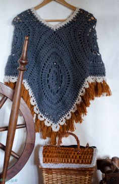 granny square boho poncho crochet FREE pattern - Αναζήτηση Google