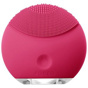 """Foreo LUNA™ Mini in Magenta facial brush for deep and gentle cleansing. """"FOREO is revolutionizing the beauty world.""""—Vogue #sephora #TheGreatCleanse"""