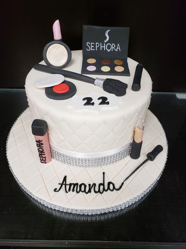 Custom Makeup Cake Gateau