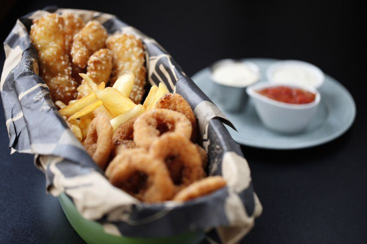 """""""BIG BUCKET"""" French fries, chicken schnitzels and onion rings"""