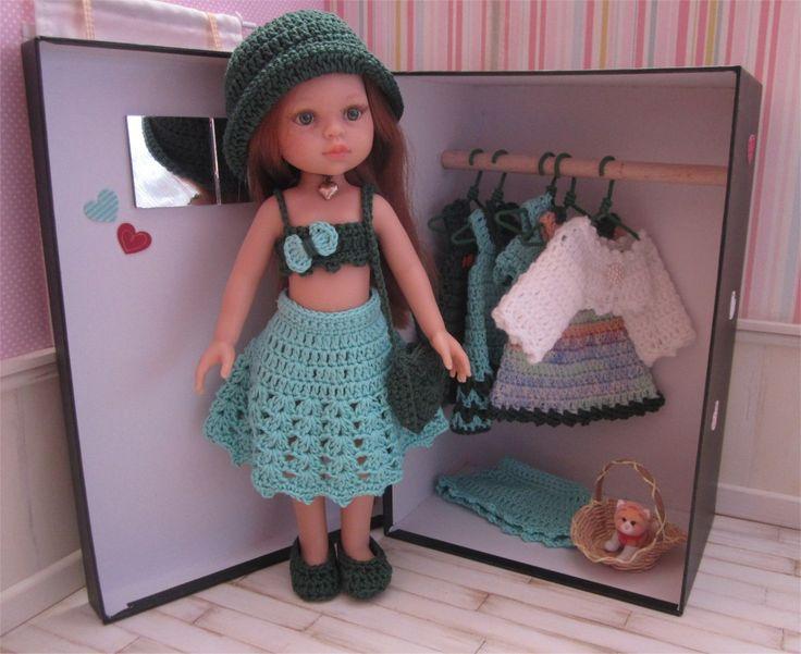 Coffret cadeau poupée Paola Reina et son trousseau de vêtements au crochet : Jeux, jouets par atelier-crochet