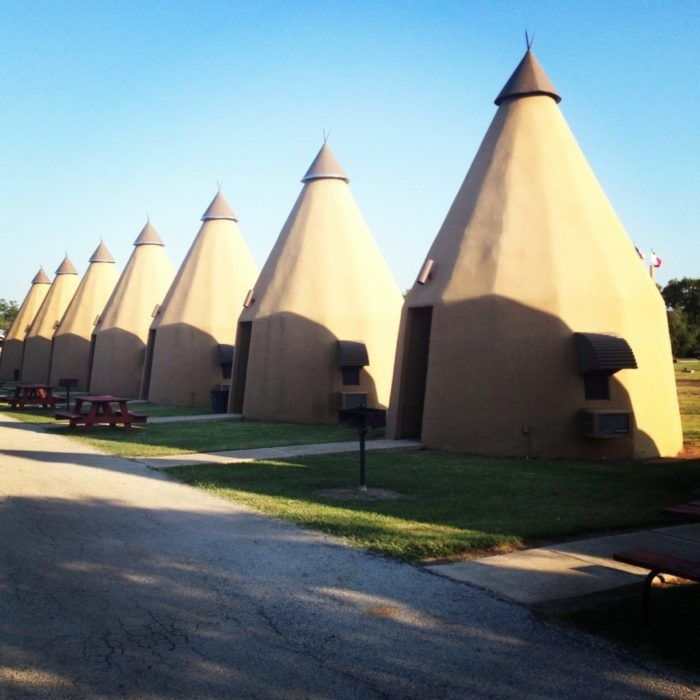 5 Amazing Places To Stay Overnight In Texas Without Breaking The Bank *The Teepee Motel (Wharton)