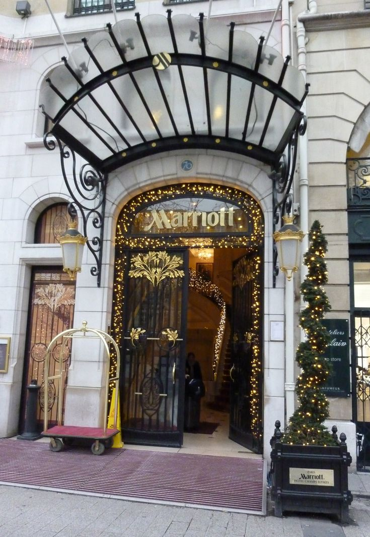Shop Entrance Cnopy Google Da Ara Pergola Cancelli