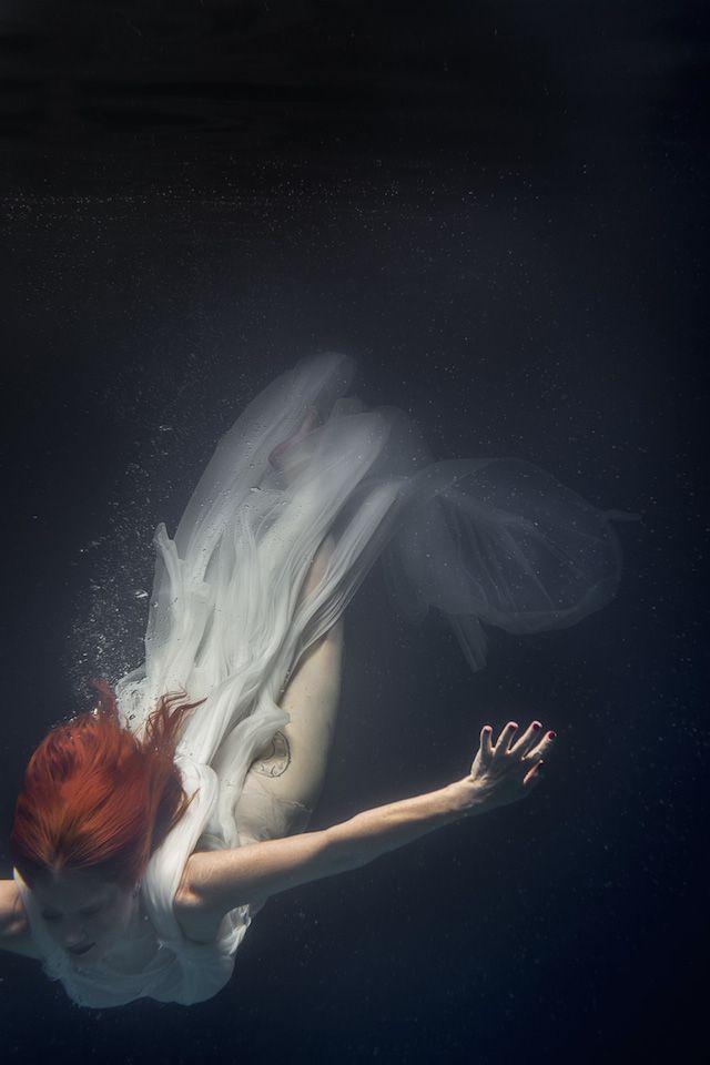 Underwater Dancing Photography-11