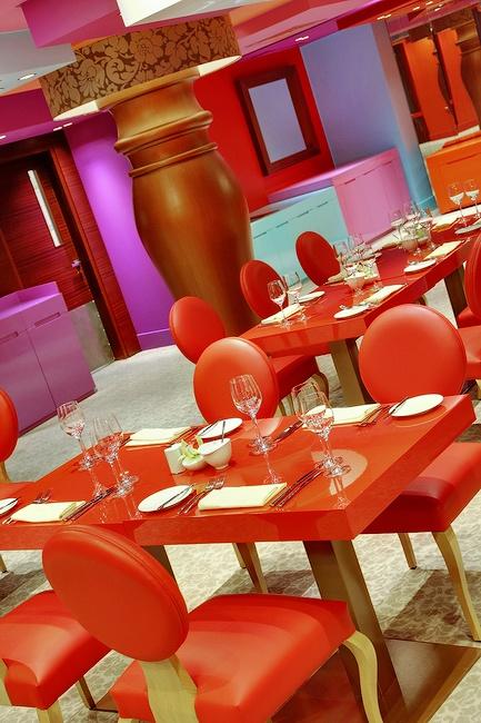 Arcobaleno Restaurant, St. Petersburg Russia #restaurant #stpetersburg #russia #design #cuisine #travel #red #italian