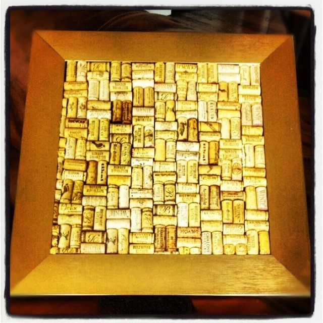 Bulletin board I made out of wine corks!  So much fun!!: Crossword Puzzle,  Crossword