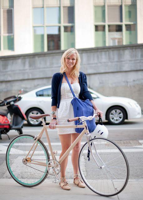 Great bike & bike style (via Bike Fancy)