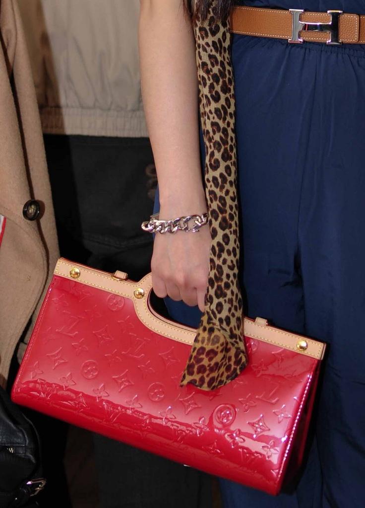 Love this Louis Vuitton Roxbury clutch!