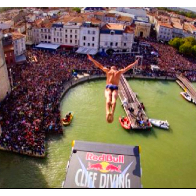 158 best cliff diving images on pinterest cliff diving nature and red bull - Red bull high dive ...