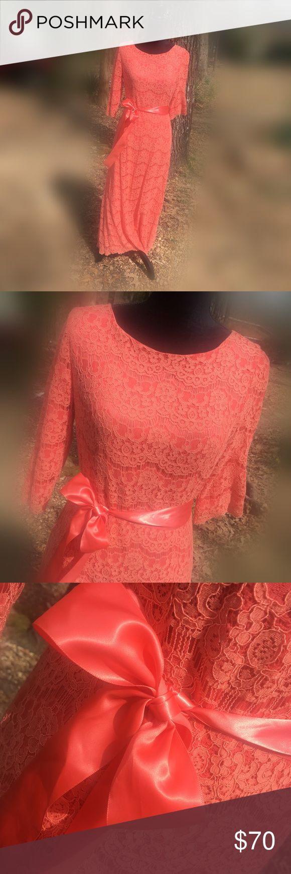 Dainty Jewell's Night In Paris Salmon Dress Elegant and bright Night In Paris Dress. Only worn a few times! In excellent condition!! dainty Jewells Dresses