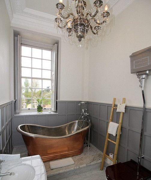 Aristocratic Soak in Downton Abbey house