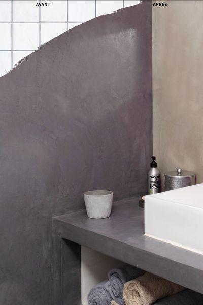 L'enduit pour carrelage de mur et plan de travail ne doit pas être confondu avec la peinture pour carrelage de salle de bain. L'aspect final devient complètement lisse ( ici aspect béton ciré) contrairement aux peintures qui conservent l'aspect d'origine. Masque sans sous couche : Masqu'carrelage de Maison Déco. 30 euros environ pour 5 m2.