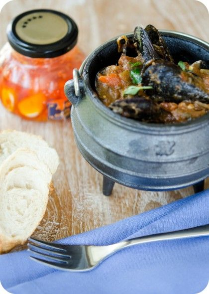 spicy seafood potjie image