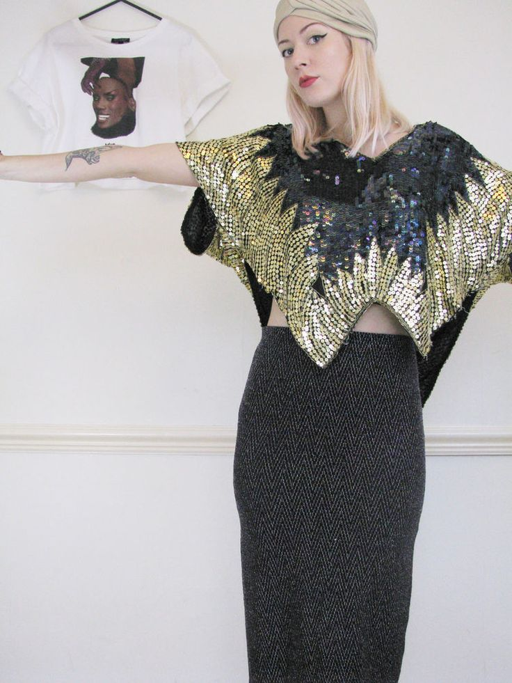 VINTAGE 80s PARTY Sequin Gold BATWING TOP Trophy Christmas AMAZING Sparkly #saturday_sister_vintage