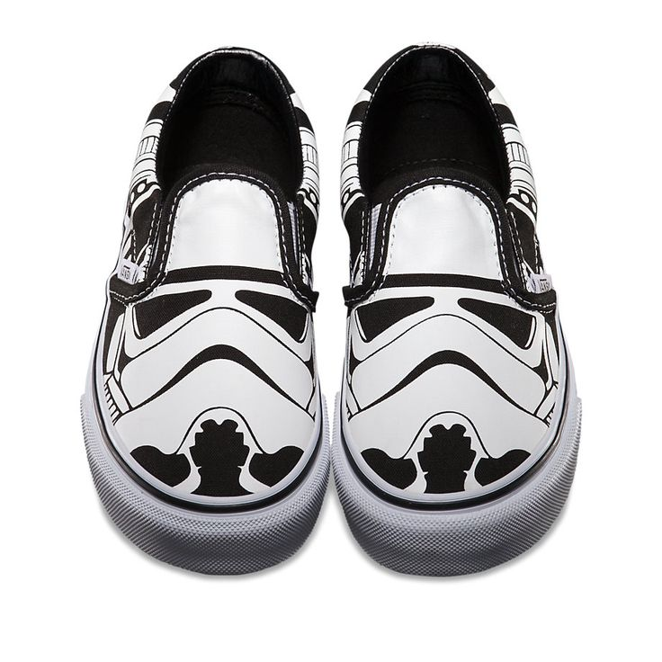 Summer Vans Shoes for the Star Wars Skate Set... Munchkin would love these!!!