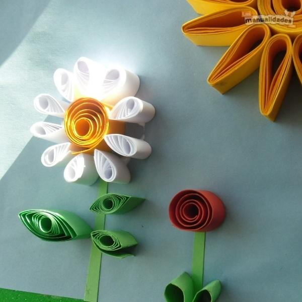 Flores de papel enrollado