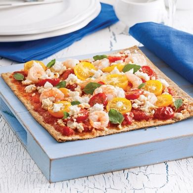 Pizzas de blé entier aux crevettes et feta - Soupers de semaine - Recettes 5-15 - Recettes express 5/15 - Pratico Pratique