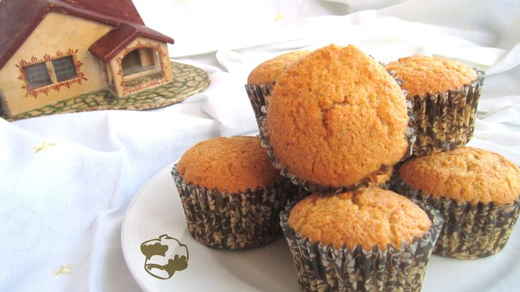 Almond Muffin with chocolate heart