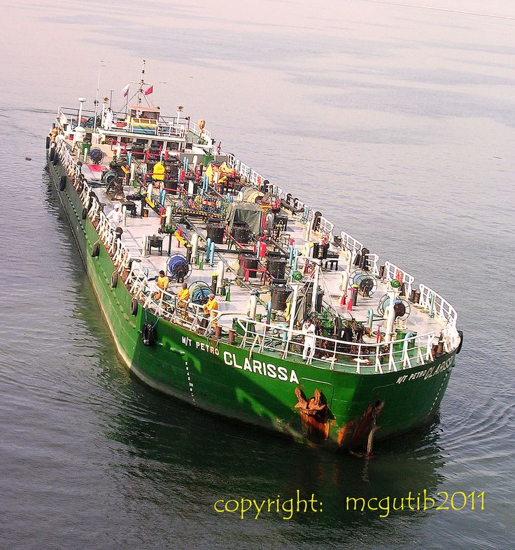 M/T Petro Clarissa is an oil products tanker designed by GB Marine. Photo taken by Mcgutib. Pinned with permission.