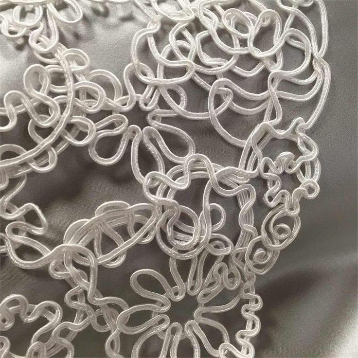 Belgian Spaghetti Lace Image 1