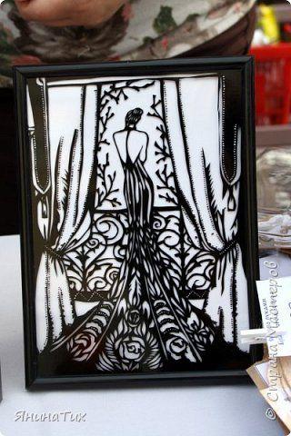 Картина панно рисунок Вырезание Повторюшка Дама у окна - оракал Бумага