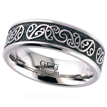 Geti Flat Titanium Kowhaiwhai Ring