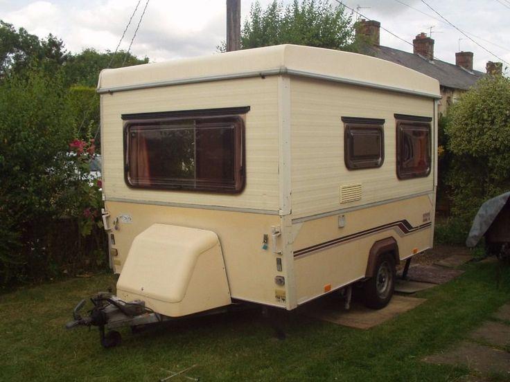 Folding caravan. Esterel.