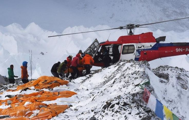 Earthquake Nepal Mount Everest Avalanche