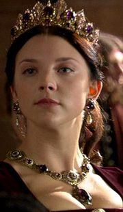 purple set on Queen Anne Boleyn in 'The Tudors'