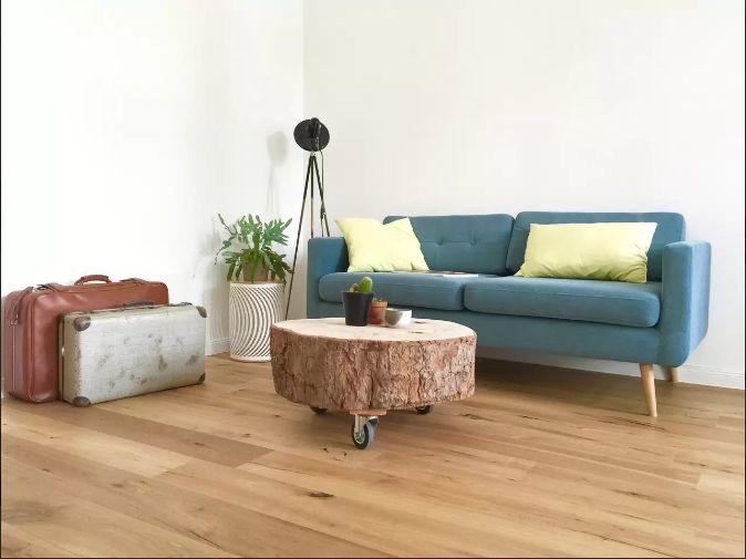 die besten 17 ideen zu baumstamm tisch auf pinterest. Black Bedroom Furniture Sets. Home Design Ideas