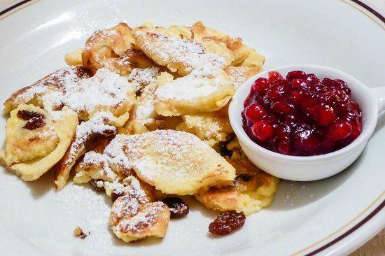 Come si prepara il Kaiserschmarren, un tipico piatto altoatesino
