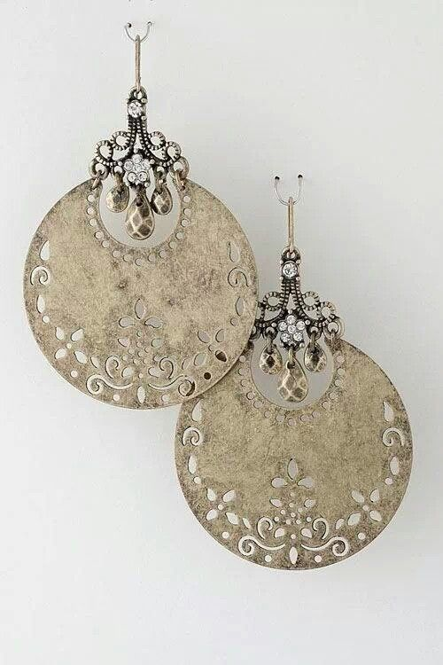 Love this! I have a lot of silver already, but I like the sort of burnished look of these a lot. Big chunky dangles are fun :-)