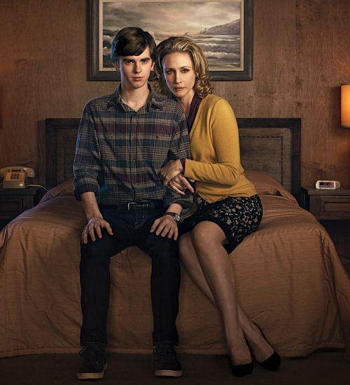 Watch the series premiere episode of A Bates Motel, starring Vera Farmiga and Freddie Highmore, online now. http://blog.zap2it.com/frominsidethebox/2013/03/watch-online-bates-motel-premiere-full-episode-starring-vera-farmiga-and-freddie-highmore.html