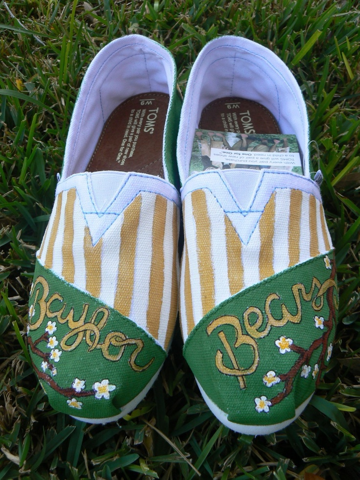 custom hand painted toms baylor bears by solereflections on Etsy, $65.00