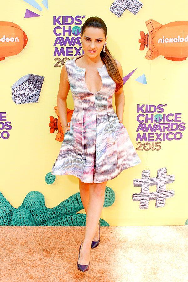 Maite Perroni, Danna Paola y Dulce María en la alfombra naranja de los premios Kids' Choice Awards 2015