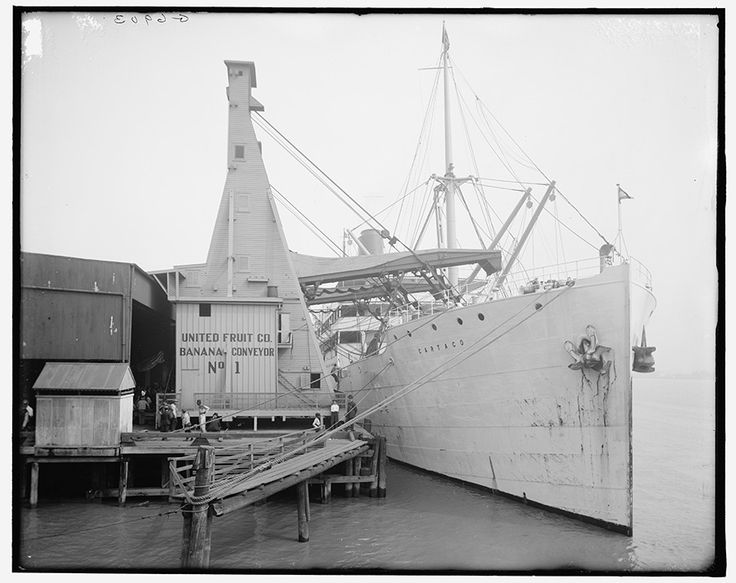 United Fruit Company banana conveyors, New Orleans, Louisiana, 1910. Courtesy of the Library of Congress, Prints and Photographs Division, L...