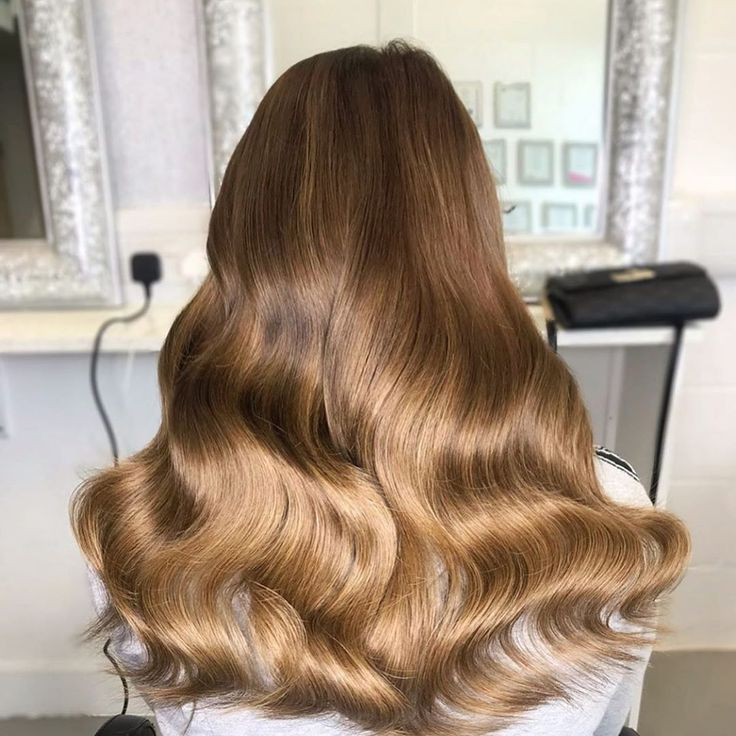 Our beautiful tape wefts fitted by @lillyfaithfull…