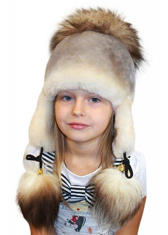 Детские шапки для девочки (214 фото): шлем, с ушками и шапка-ушанка, меховые, польские и от Рейма, модные с шарфом, с помпоном