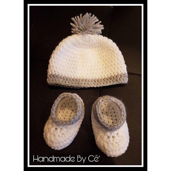 Ensemble bébé bonnet et chaussons au crochet naissance ou