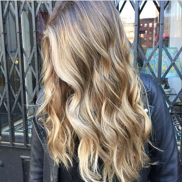 Winter blonde #balayage @hairthrone