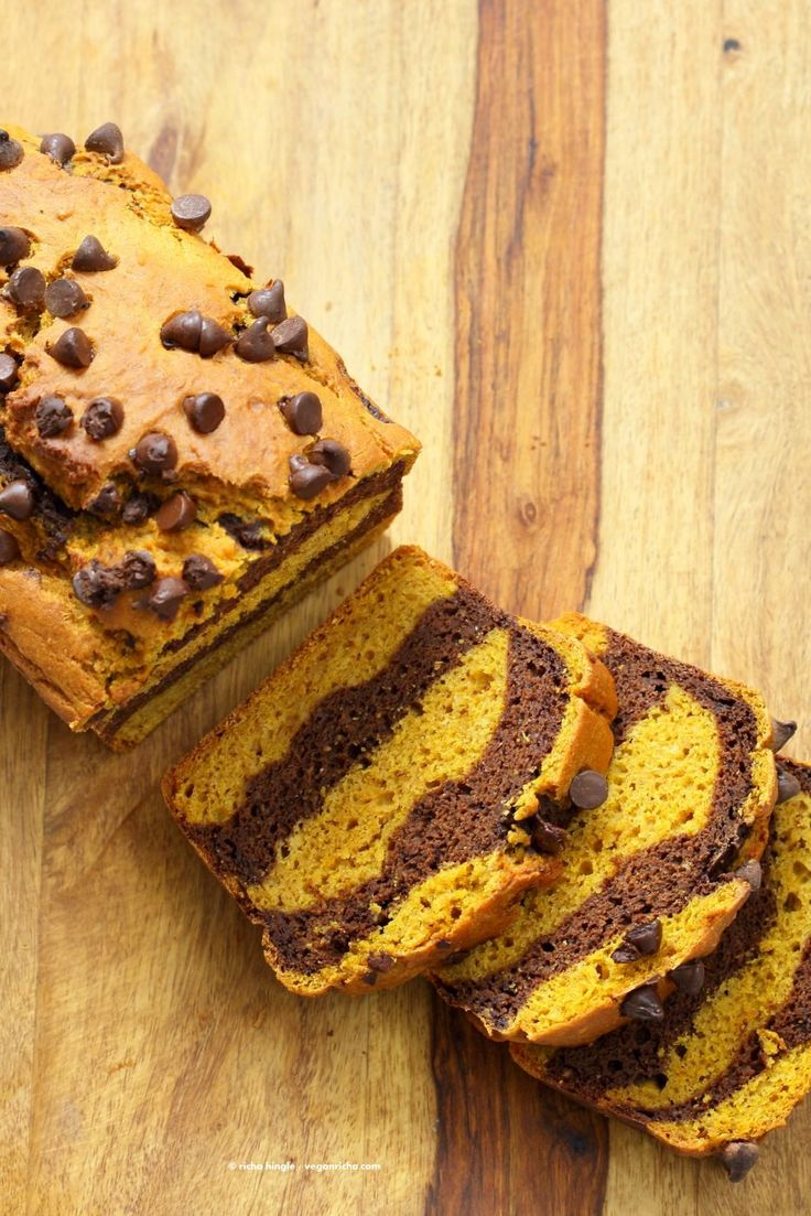 Easy Marbled Golden Pumpkin Chocolate Bread. Layers of Pumpkin Spice + Turmeric + Pumpkin puree, and Chocolate Cake. Vegan Soy-free Recipe | VeganRicha.com