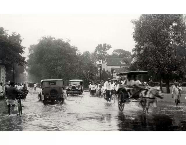 Banjir di Jakarta, 1930  (C) Nationaal Archief/Collectie Spaarnestad
