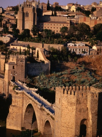 Toledo, Spain I loved this town, it took me to a fairy tale land!