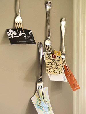 Google Image Result for http://salvagedgrace.files.wordpress.com/2010/05/repirposedfork_apartmenttherapy.jpgBusiness Cards Holders, Storage Solutions, Forks, Old Silverware, Kitchens Wall, Cute Ideas, Recipe Cards, Bulletin Boards, Storage Ideas