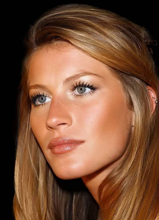 natural tanned make up Gisele Bundchen #beblushing