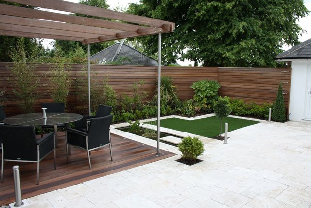 Medium sized garden balau deck pergola and fencing for Garden design ideas for medium gardens